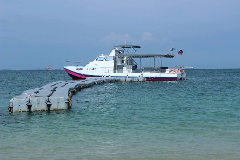 Island Hopping ( Rusukan Besar Island & Rusukan Kecil Island)